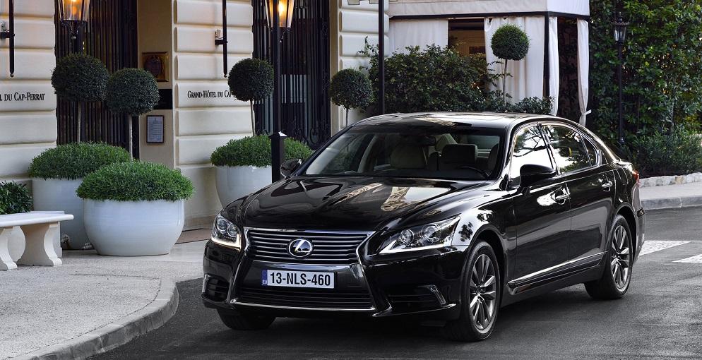 Обзор автомобиля Lexus LS