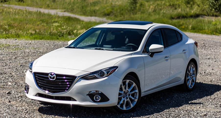 Компания Mazda представила обновленную mazda 3