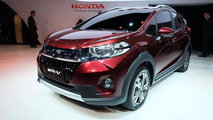 Новая модель компактного кроссовера Honda WR-V 2017